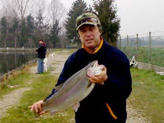 Pesca alle trote in lago padova lago azzurro for Lago padova