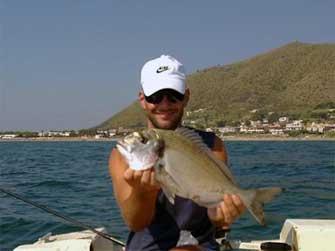 Pesca bolentino orate napoli pesca in mare for Barchetta da pesca